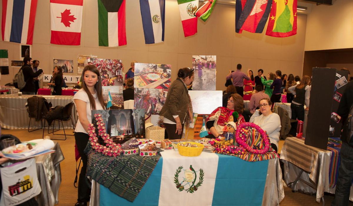 Programas y clubes hispánicos