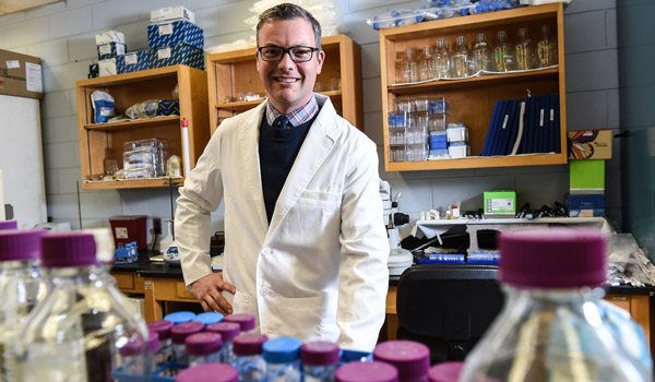 Students Energize Award-Winning Chemistry Professor
