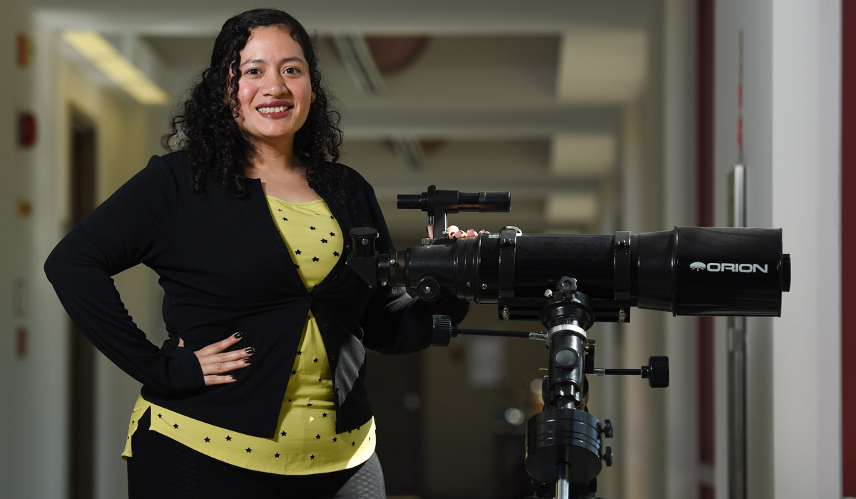 Skarleth Motino: Using infrared technology to see other galaxies