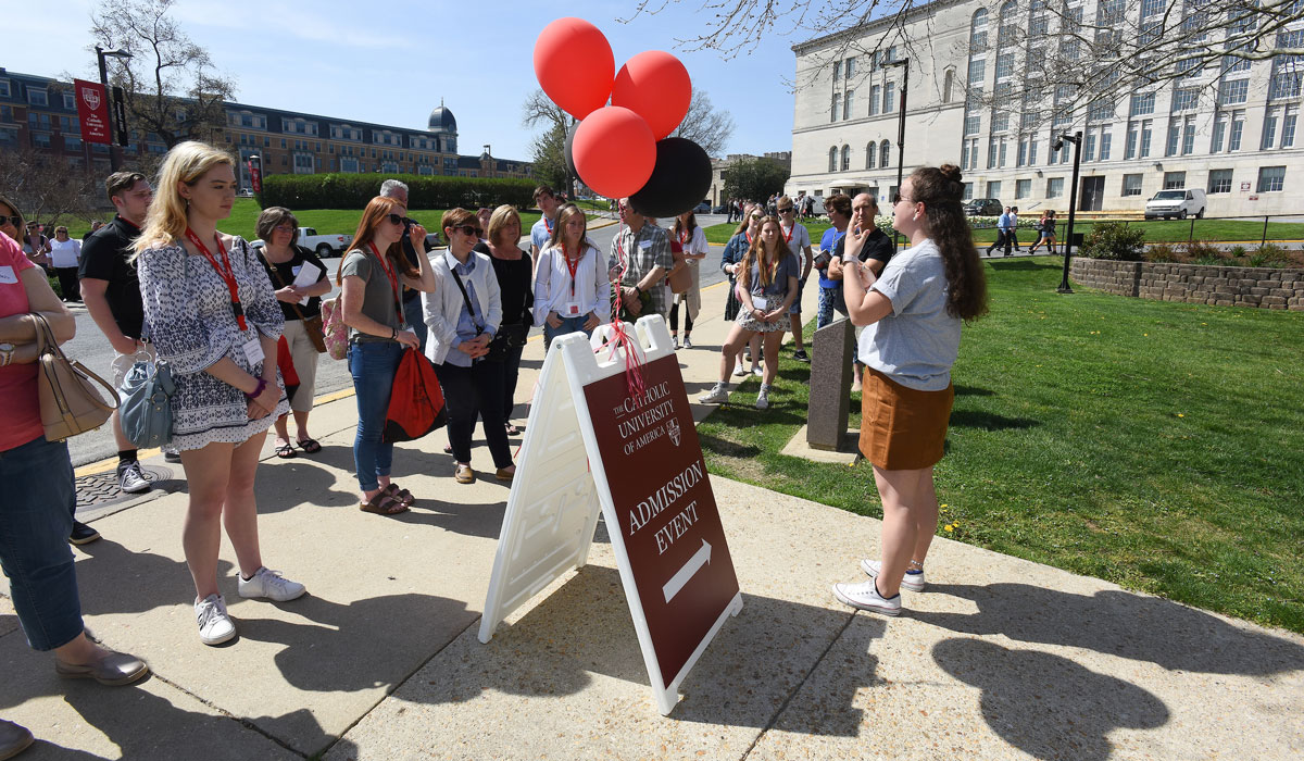 Prospective students on campus tour