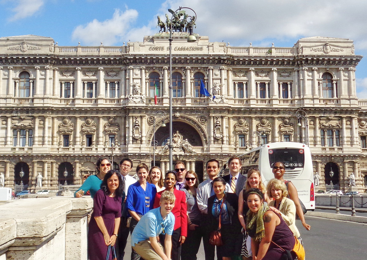 Professor Lucia Silecchia and her students at the Palace of Justice in Rome.