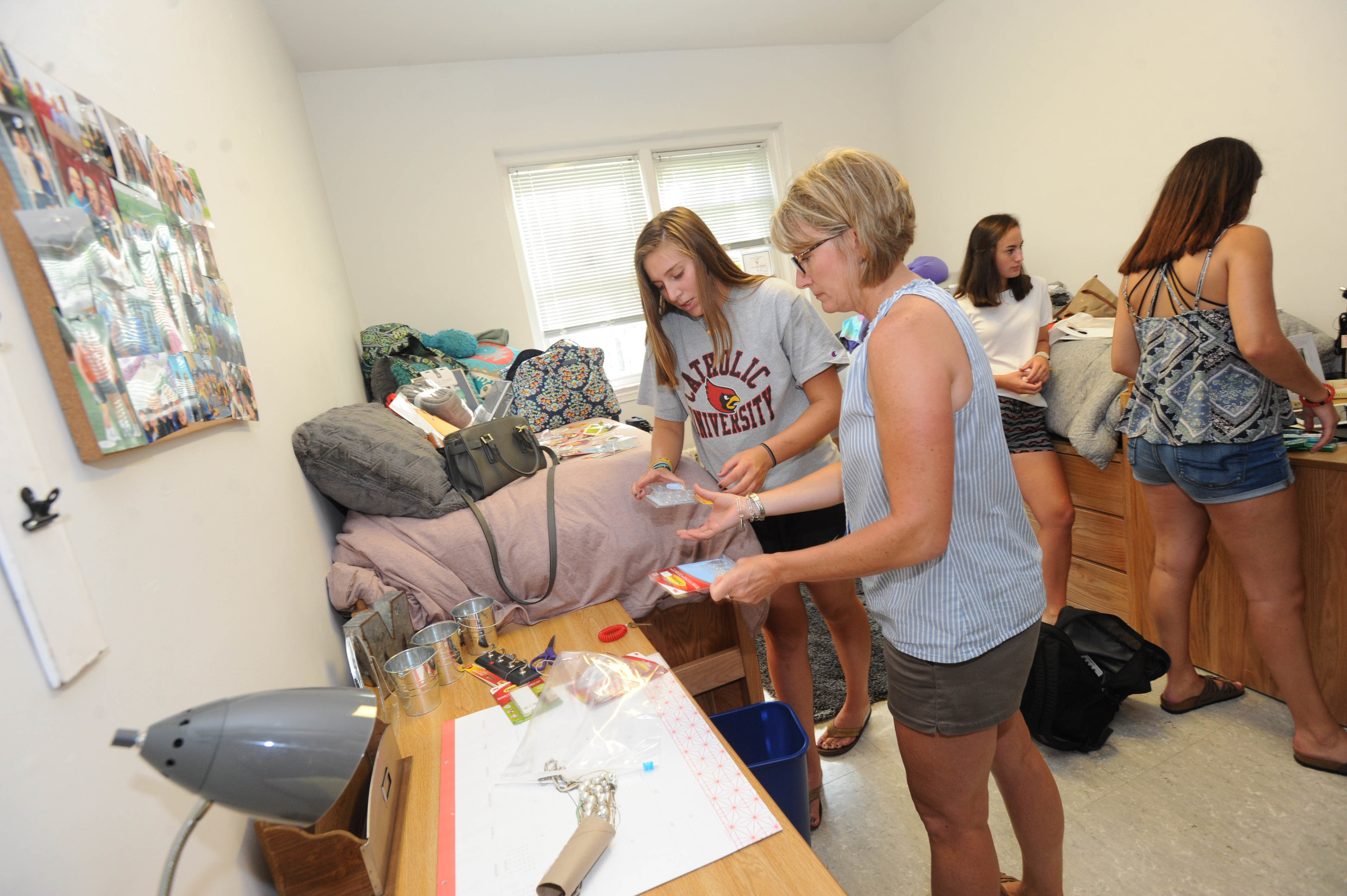 New students move in to Catholic University residence halls