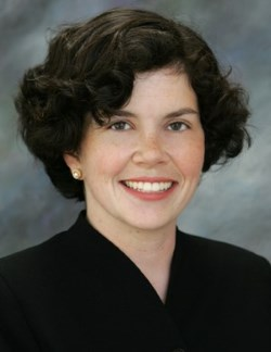 Elizabeth Winston, J.D. Headshot